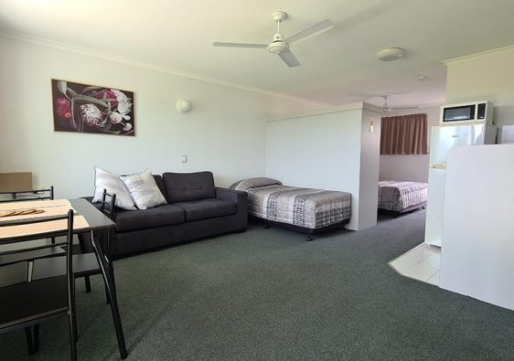 Family-room-showing-2-beds